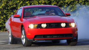 Ford-Mustang-2010-airbag