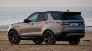 Land-Rover-Discovery-2021-pasy